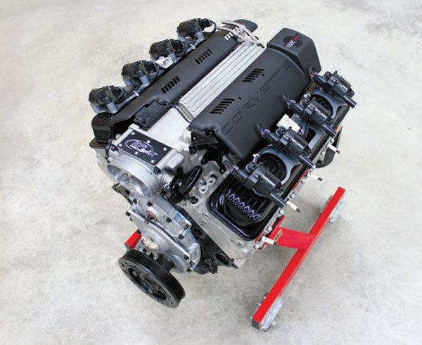 The 1992 LT1 engine followed the design of the traditional small-block Chevy engine, but introduced a few improvements related to cooling, intake manifold design, and ignition system.