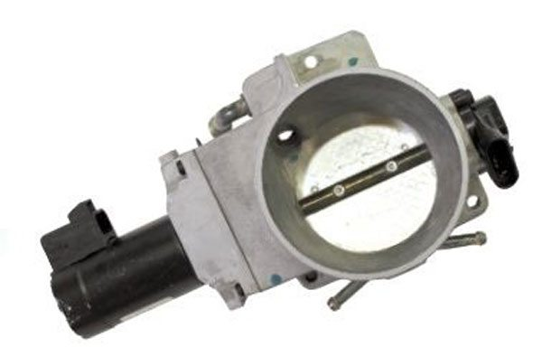 The throttle body used with 1999– 2002 GM trucks looks similar to the LS1/LS6 Corvette throttle body, but is not interchangeable because the TPS and actuator motor are on Opposite sides of the housing. This truck throttle body was used with the 7.4L engine in 1999–2000 medium duty trucks and 1999–2002 trucks equipped with electronic throttle.