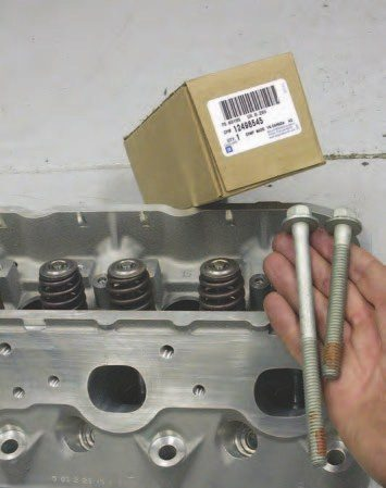 The single-use head bolts now come in a kit with a single part number, which makes sense because you can't reuse these bolts once they are removed (i.e., you'll need a full set every time you take off the heads).