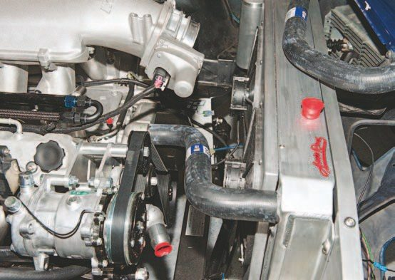 Here's a side shot of the hose. Notice the clearance with the LS engine and no need for a clutch and fan blade assembly.